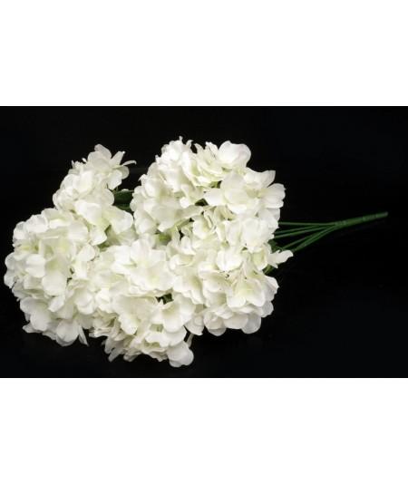 בוקט אורטנזיה לבן איכותי (6 בענף)